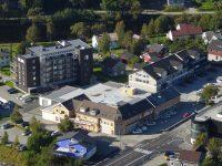 Varehuset Årnes Handel AS (gult bygg)